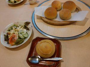 草津温泉。五郎次さんの朝食。